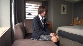 超アイドル級に可愛い美少女JKを騙してエッチやり捲った素人エロ動画