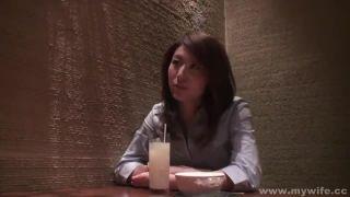 Aカップ美乳40代スレンダー人妻インポ旦那の許可を貰いAV出演