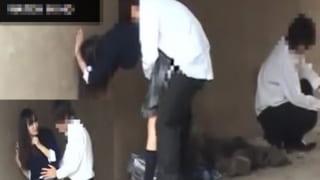 高校生のカップルが橋の下でSEXしてるエッチ現場をスマホ盗撮