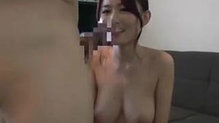 キレイ過ぎる人妻で爆乳ってぇー素人の奥さん浮気セックス動画