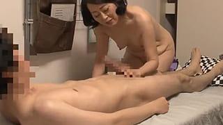 ママ活サイトで会った熟女の人妻とエッチした個人撮影SEX動画
