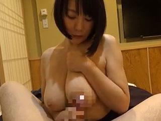 Hカップ激カワJDと温泉旅行でSEXヤリ捲った凄い爆乳エロ動画