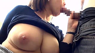 デカチンにムシャブリつく爆乳お姉さんがエロ過ぎる素人エロ動画