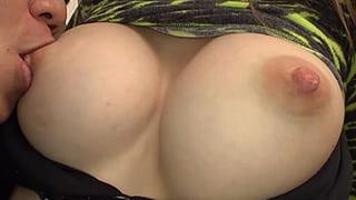 渋谷でナンパした金髪の外人をイカせ捲った素人撮影セックス動画