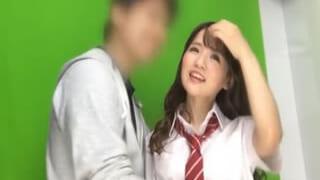 幼いAカップ高校生とエッチしちゃった制服姿でセックス素人動画