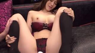 電マでイキ過ぎてオマンコの濡らし捲りな激カワ女子大生SEX動画