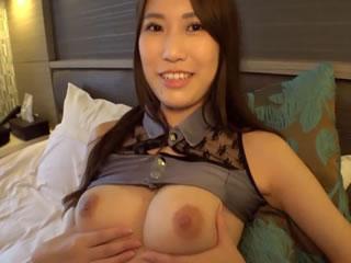 いやらしいコスプレしちゃってぇー激カワ巨乳ちゃんのSEX動画